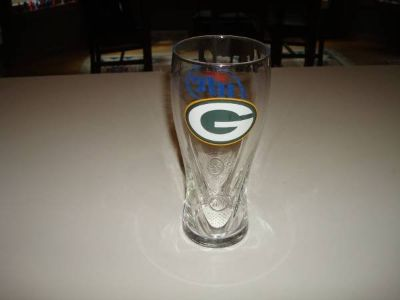 Authentic Promo MILLER Lite GREEN BAY PACKERS Contour Beer Glass L@@K