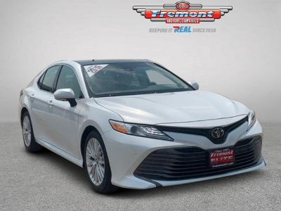 2018 Toyota Camry XLE V6 Auto (WIND CHILL PEARL)