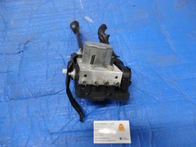 Sell 13 14 SUBARU XV CROSSTREK Anti-Lock Brake ABS Pump vehicle dynamic control OEM motorcycle in Justice, Illinois, United States, for US $98.79