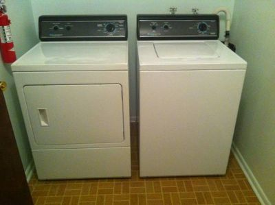Newer Amana Washer & Dryer, matching set (Enoch)