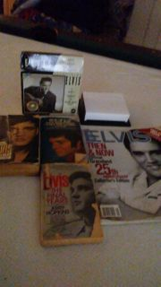 Collective group of ELVIS BOOKS. $10 for all. Good condition