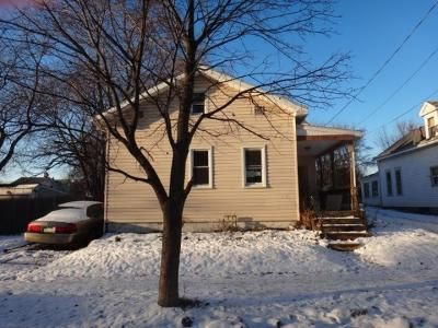 3 Bed 1 Bath Foreclosure Property in Erie, PA 16503 - E 9th St