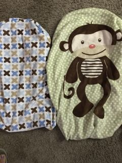 2 changing pad covers