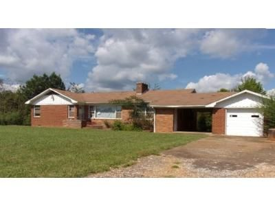 3 Bed 1 Bath Foreclosure Property in Corinth, MS 38834 - County Road 200
