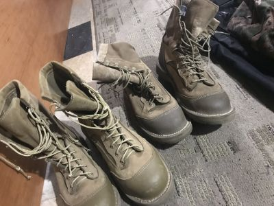 BOOTS 9.5 R & 10 R FOR MEN