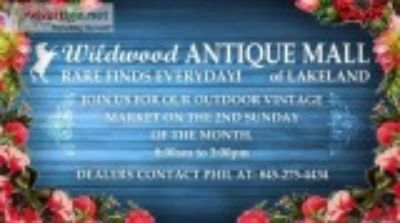 Outdoor Antique and Vintage Market