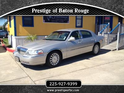 $7,995, 2005 Lincoln Town Car Give us a Call