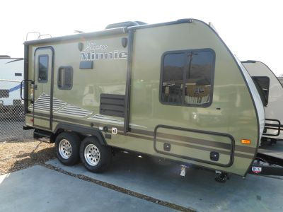 2019 Winnebago 180FBS MICRO MINNIE