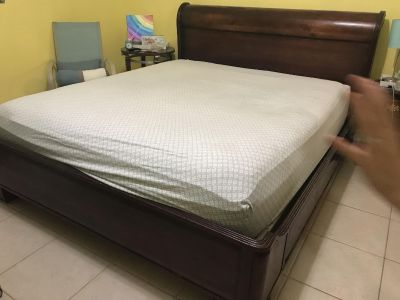 King sz Sleigh Bed