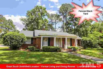 1001 Chestnut Drive SMITHFIELD Three BR, 1992 SF BRICK Ranch on