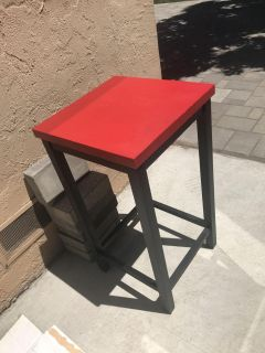 Black and red side accent table