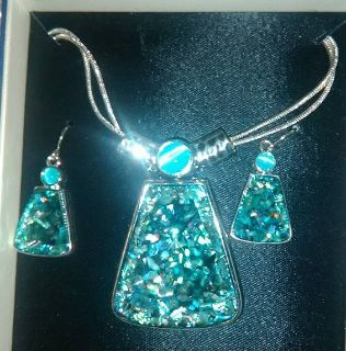 Mixit Beautiful Necklace/Earring set