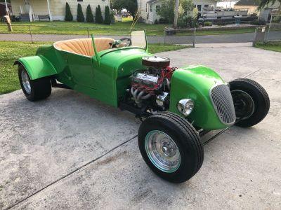 1927 Ford Roadster V8