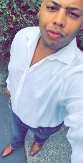 Carlos M is looking for a New Roommate in Miami with a budget of $1300.00