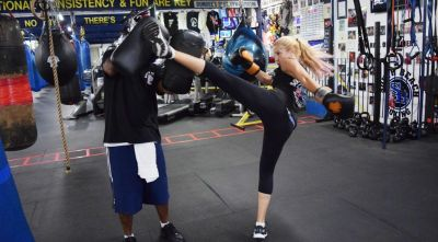 Join Kickboxing Classes F\or Fun and Fitness