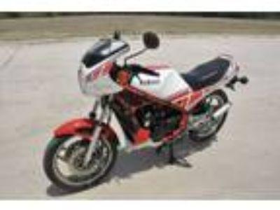 1985 RZ350 Kenny Roberts