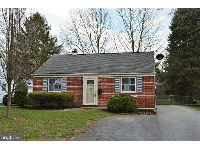 2 Bed 1 Bath Foreclosure Property in Lancaster, PA 17601 - Elizabeth Dr
