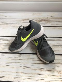 Size 4 Youth Nike Sneakers