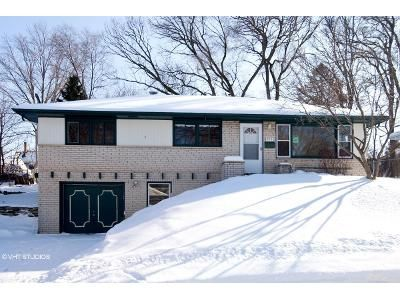 3 Bed 2 Bath Foreclosure Property in Waukesha, WI 53188 - S Hine Ave