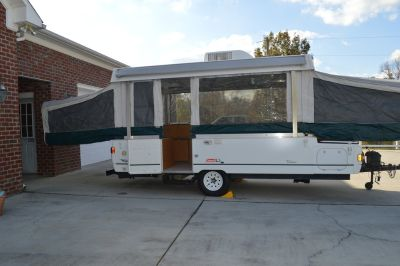 2002 Pop Up Camper 3500.00 FIRM PRICE Call 910-389-0503