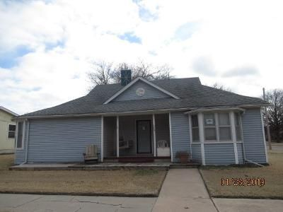 Foreclosure Property in Moundridge, KS 67107 - W Krehbiel St