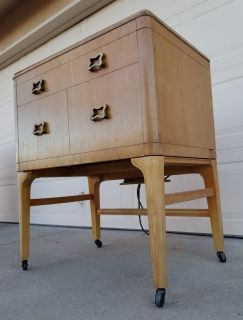 Vintage Iron Rite Wine Station Entry Way Table