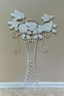 LARGE/WROUGHT IRON/WALL DECOR......EXCELLENT CONDITION