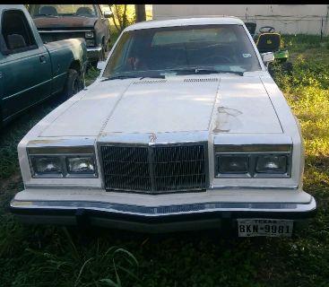 1985 Chrysler 5th Avenue