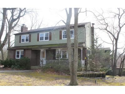 4 Bed 3.5 Bath Foreclosure Property in Clementon, NJ 08021 - Diamond Ave