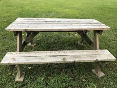 Woden picnic table