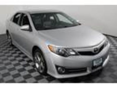 2013 Toyota Camry Silver, 112K miles
