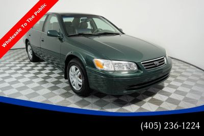 2000 Toyota Camry LE V6 (green)
