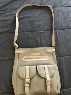 Never used damsel in defense concealed carry purse