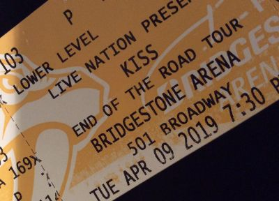 2 Kiss Tickets, End of Road Tour