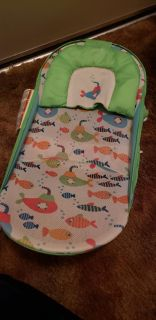 Infant and toddler bath seat