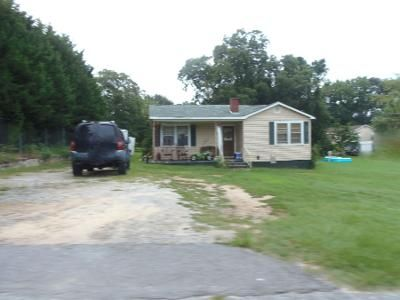 3 Bed 1.0 Bath Preforeclosure Property in Pacolet, SC 29372 - Cleveland St