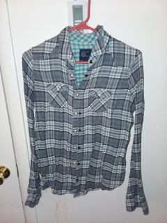 Women's size 10 American eagle flannel like new excellent condition