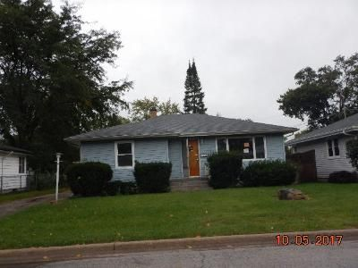 3 Bed 1 Bath Foreclosure Property in Joliet, IL 60435 - Roosevelt Ave