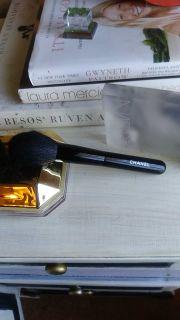 hanel POWDER Brush