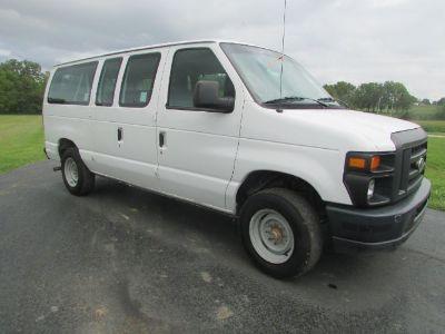 2014 Ford Econoline Wagon XL
