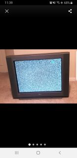 32 Inch Sony Trinitron tv perfect with remote