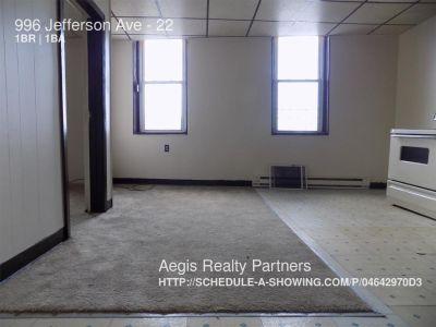 Apartment Rental - 996 Jefferson Ave