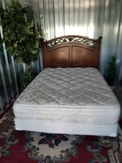solid wood headboard metal frame &Mattreress set