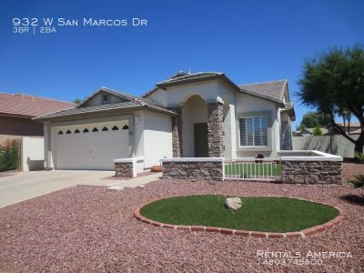 Beautiful 3 BR/2 BT in Gated San Marcos Village