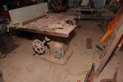 J.A. Fay & Egan Co large table saw 4x3 bed with fe