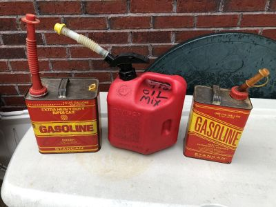 3 gas containers