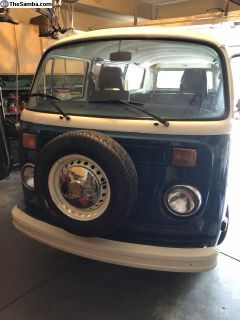 1977 Beautiful VW Bus Type 2