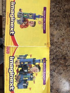 Imaginext Wizard s tower and Battle Castle