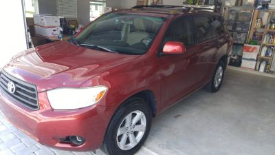 2010 Toyota Highlander Base (FWD)