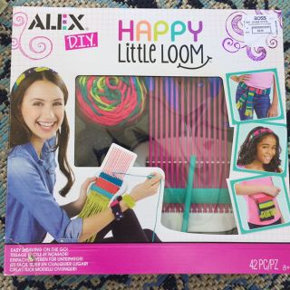 D.I.Y. Happy Little Loom